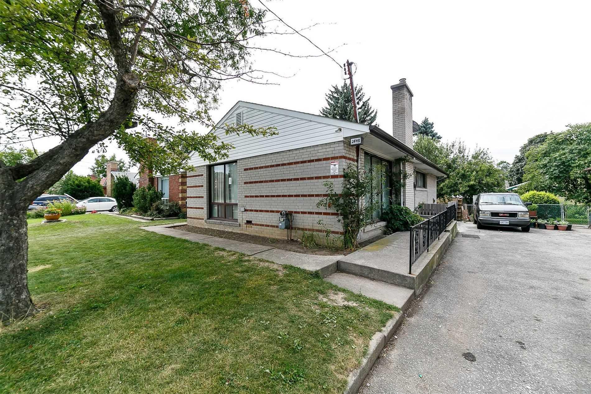 15 Kennebec Cres, Rexdale, Toronto - Price, Warnings